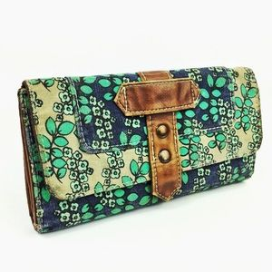 Target Wallet Foliage Pattern Green and Blue